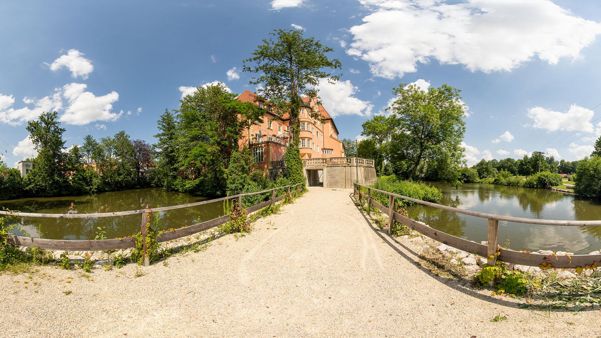 Read more about the article Wasserschloss Taufkirchen (Vils)